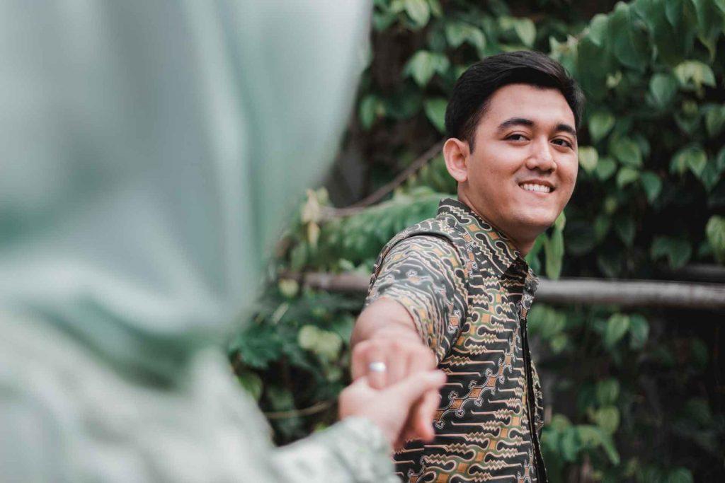 Love Agad - Baka Attracted Ka Lang 01